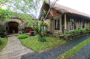 Oka Kartini Bungalow