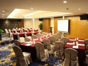 New Beacon Xudong International Hotel