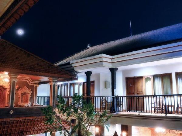 Agus Beach Inn Bali