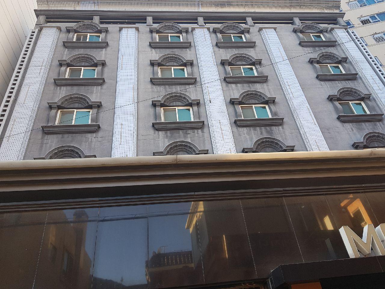 Hotel Cube