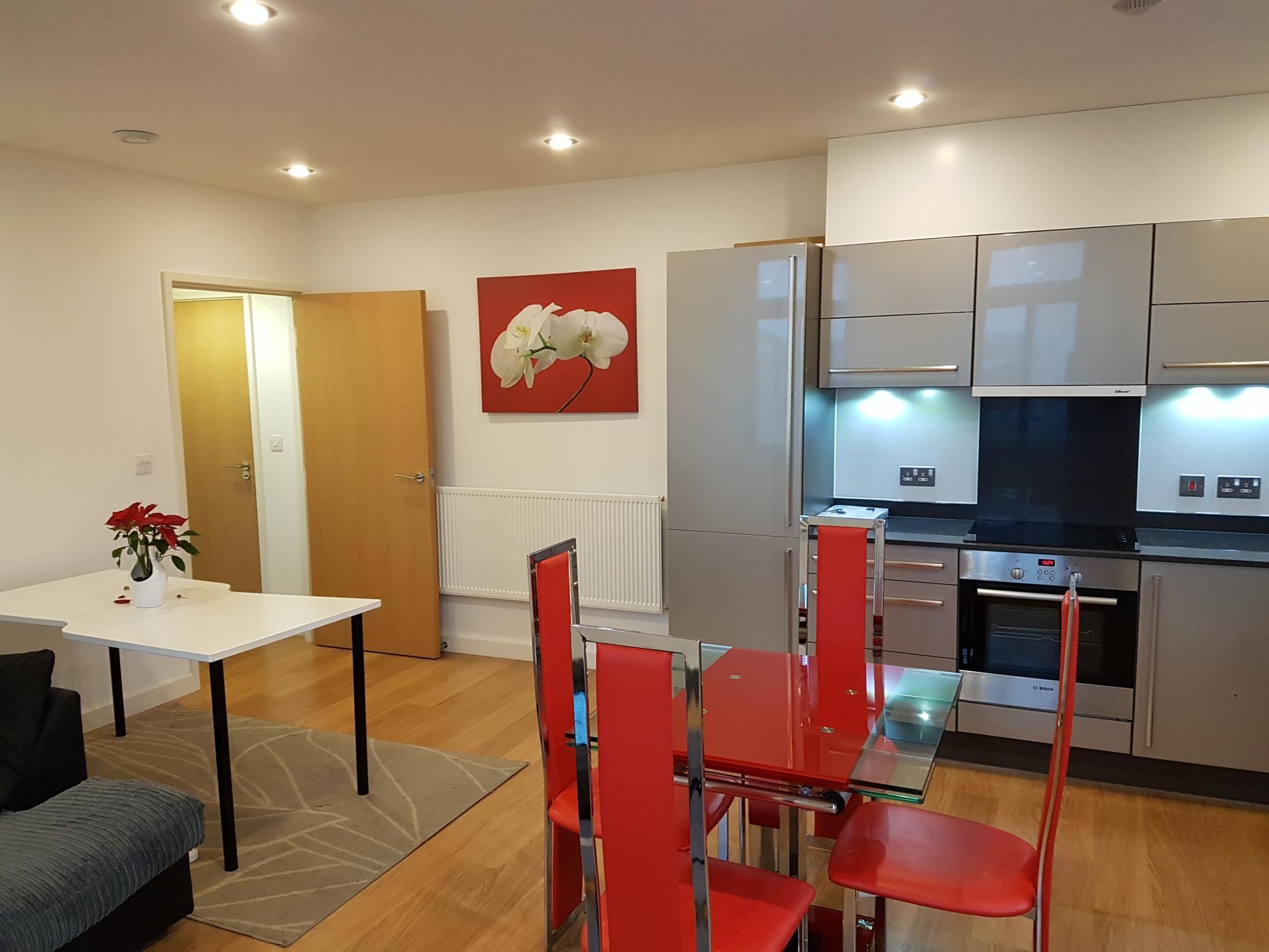 Stylish Serviced Apartment At Limehouse London E14