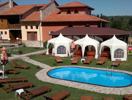 Holiday Village Viviana