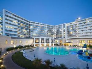Sobre Radisson Blu Resort & Congress Centre Sochi (Radisson Blu Resort & Congress Centre Sochi)