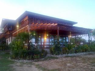 picture 1 of Huge Teak House