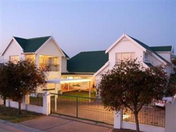 Millard Crescent Guest House Port Elizabeth