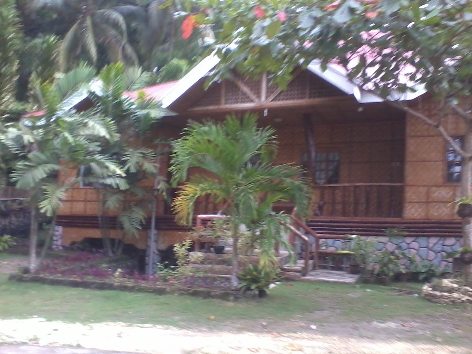 Hilltop Cottage Resort