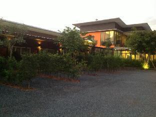 ナンファチョンラティ リゾート Nanfachonlathi Resort