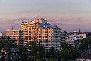 โรงแรมมาริทิม คอนเฟอเรนซ์ (Maritim Konferenz Hotel)