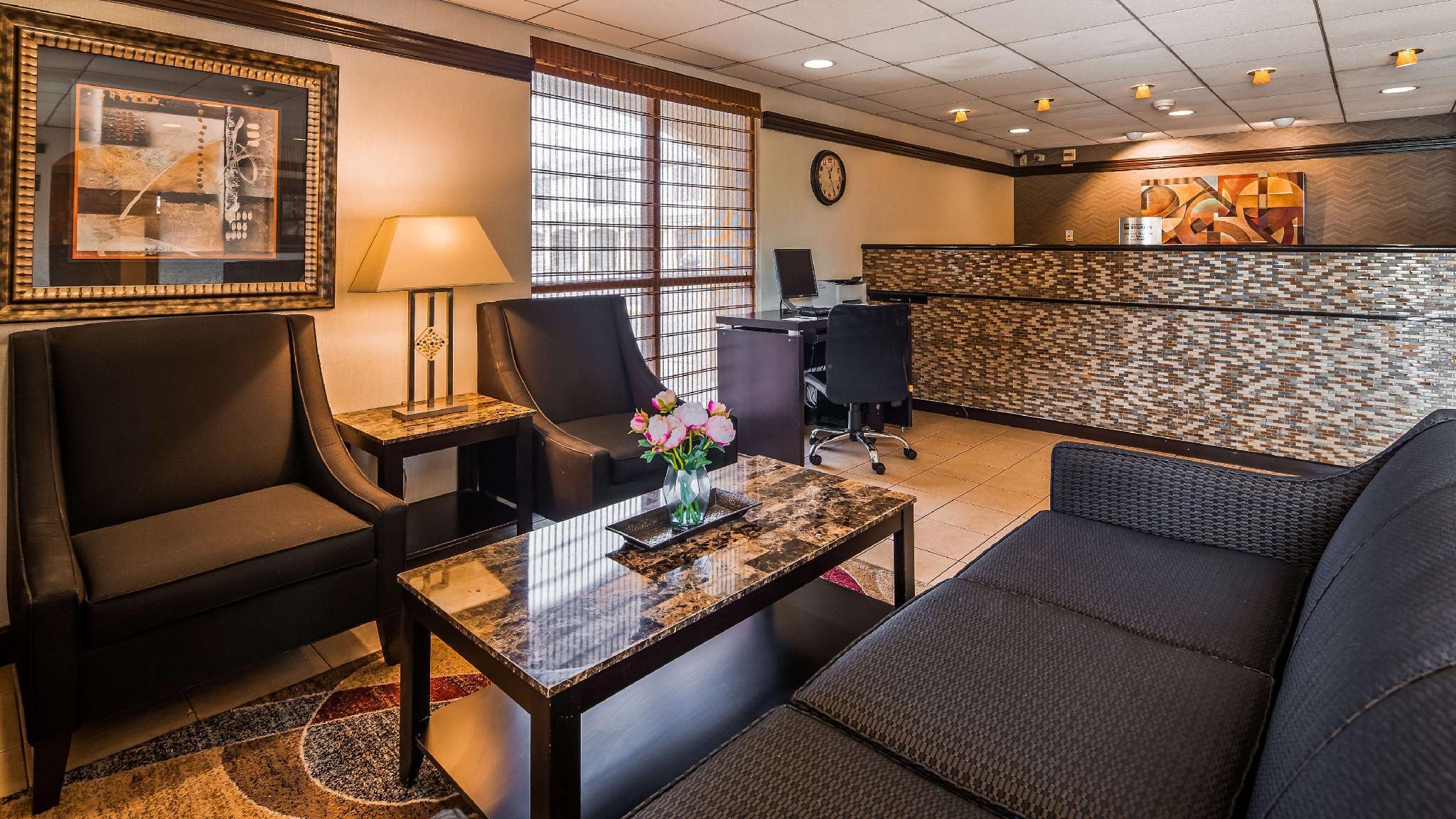 Sure Stay Hotel by Best Western East Brunswick Inn