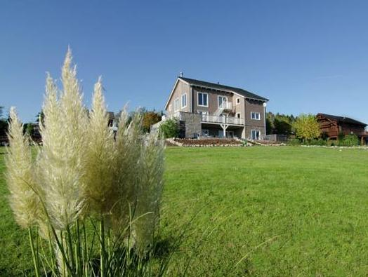 Opulent Villa With Terrace In Durbuy