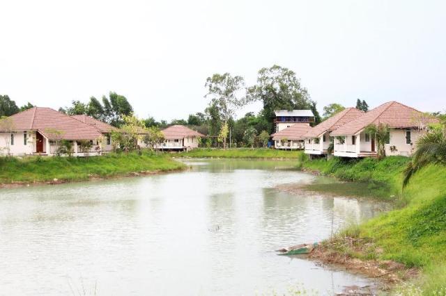 Pirom Lake and Resort – Pirom Lake and Resort
