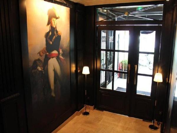 Hotel Saint Cyr Etoile Paris