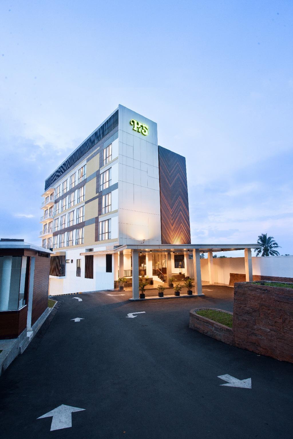 Hotel Santika Sukabumi