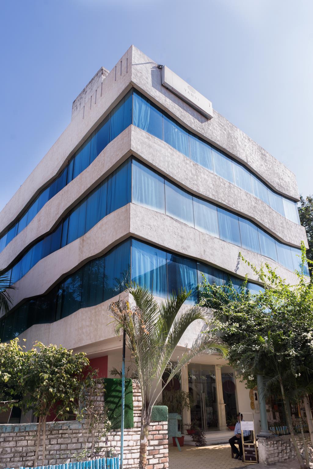 Treebo Yahvi Hotel