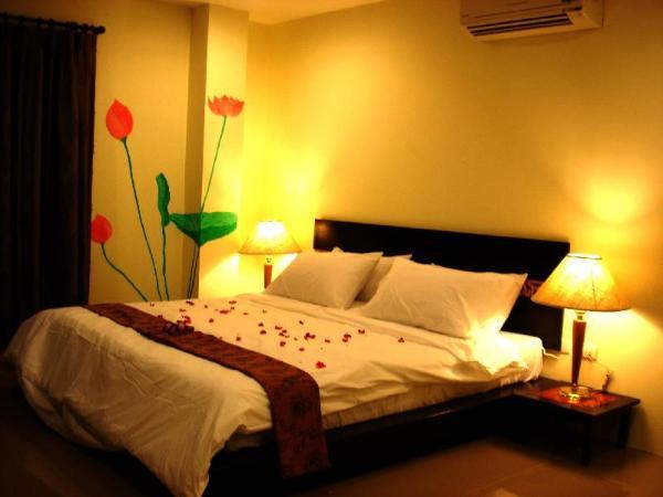 The Bangkhunphrom Suites Bangkok