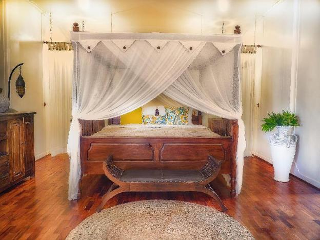 Oberoi Luxury Villa Four