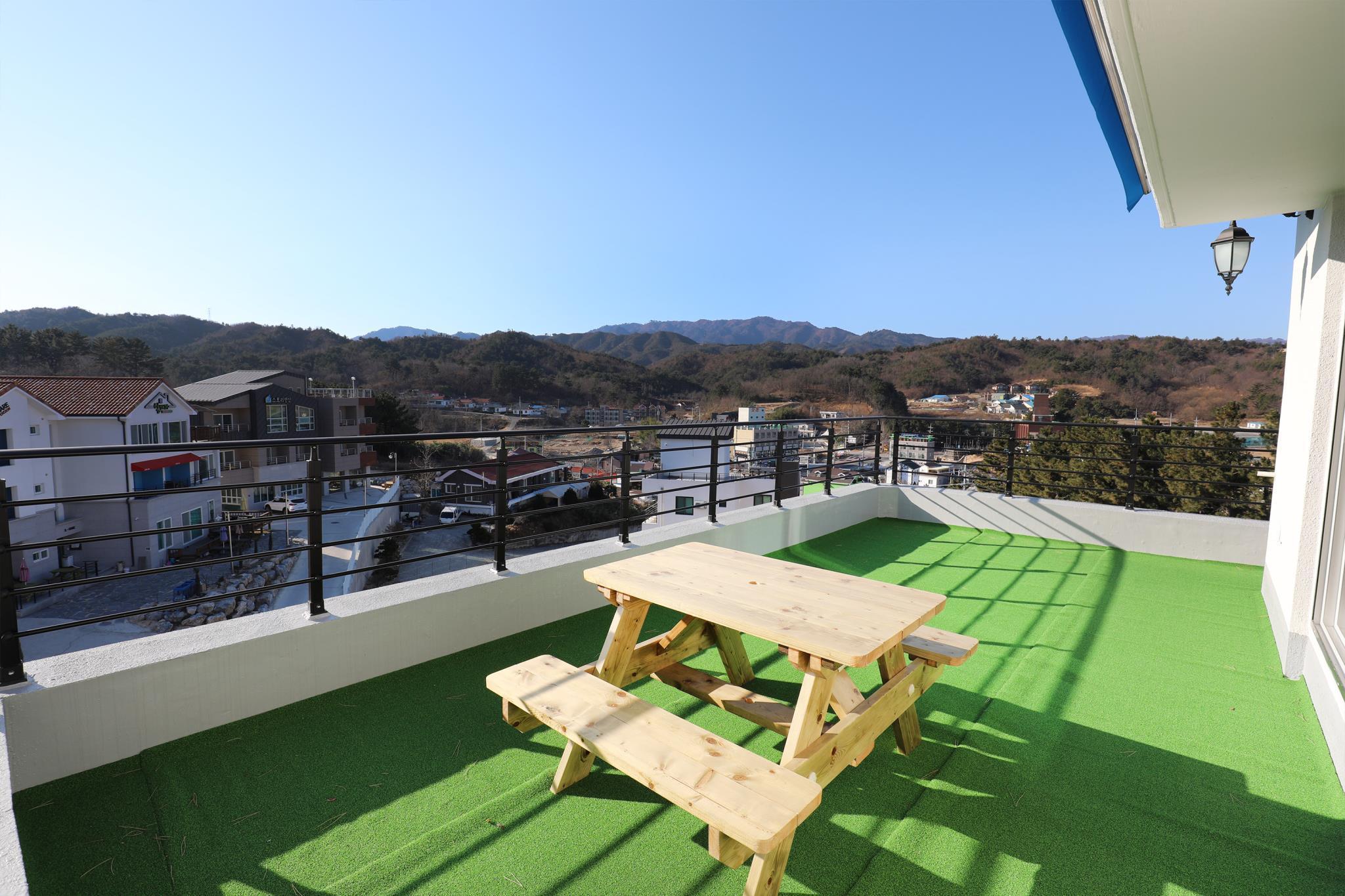 Review Samcheok Blue MountainsD401