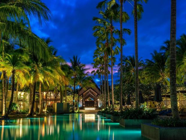 โรงแรมทวินปาล์มส์ ภูเก็ต – Twinpalms Phuket Hotel