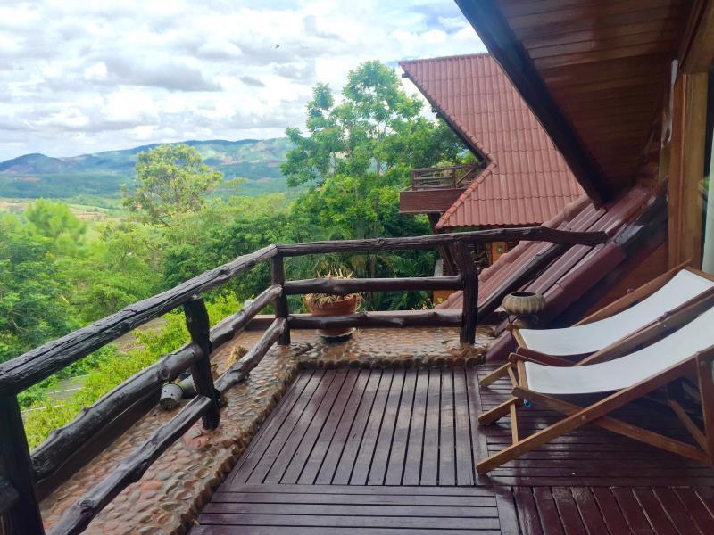 Phu Pha Nam Resort & Spa ภูผาน้ำ รีสอร์ท แอนด์ สปา