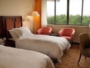 Jin Jiang Cypress Hotel