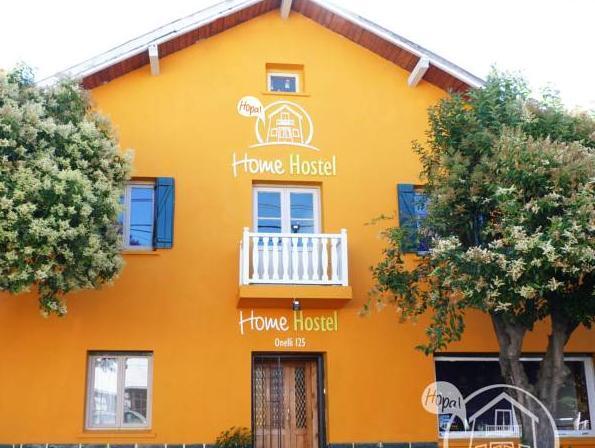 HOPA Home Patagonia Hostel And Bar