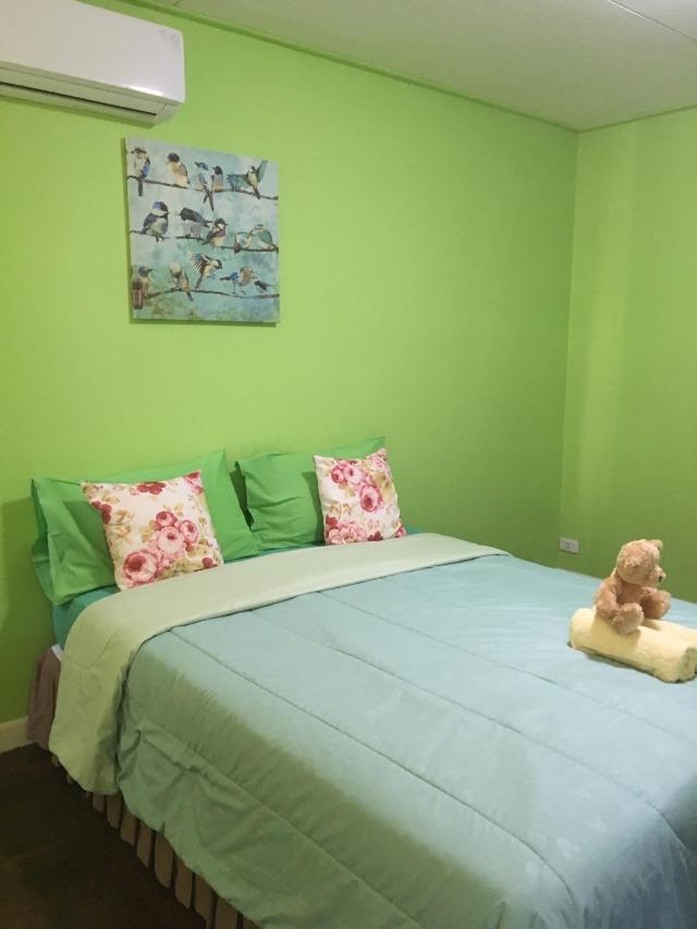 บ้าน 5 ห้องนอน 4 ห้องน้ำส่วนตัว ขนาด 300 ตร.ม. – สยาม – Pin Guest House