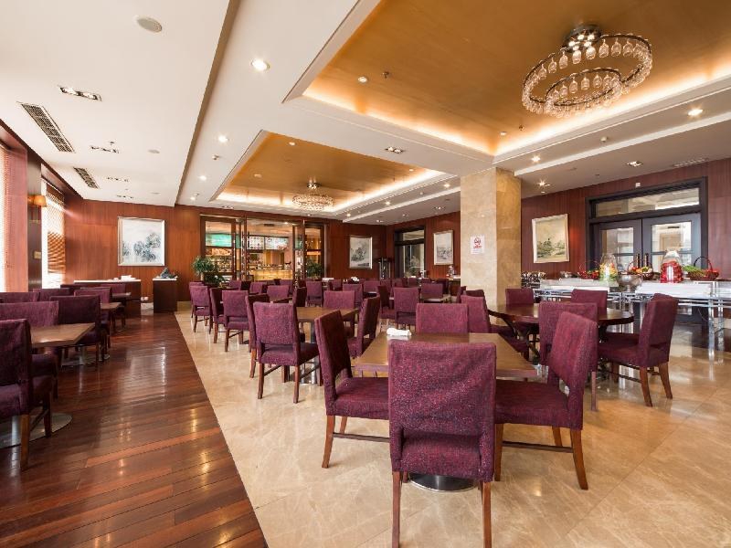 Loong Palace Hotel And Resort Beijing