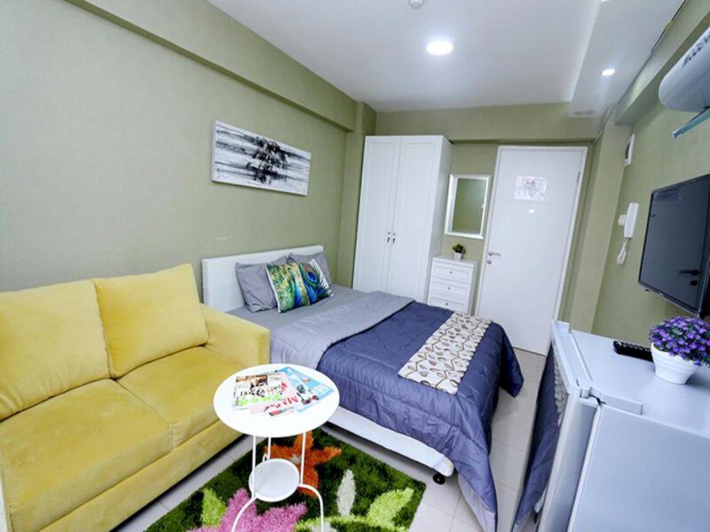 Bassura City Apartment By Roomku   Studio Unit 8