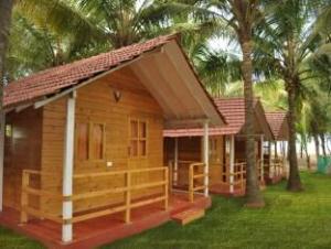 Morjim Hermitage Resort