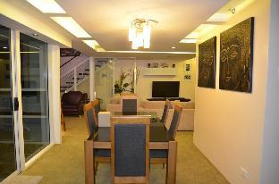 picture 3 of Luxurious 2BR Penthouse unit in Cebu with a view