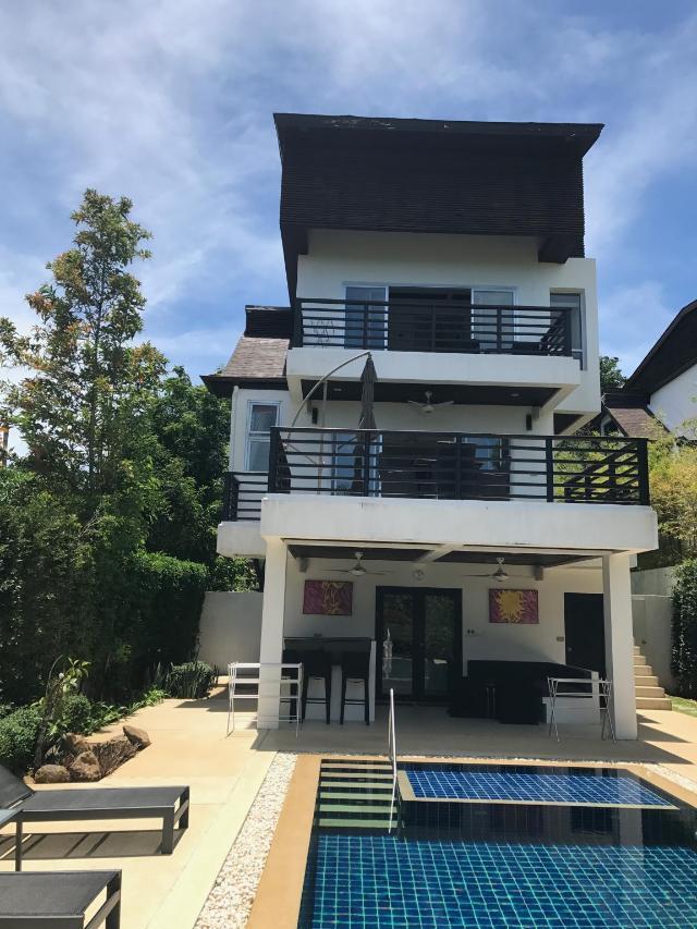 3 ห้องนอน 3 ห้องน้ำส่วนตัว ขนาด 500 ตร.ม. – Choengmon – 3 Bedroom Seaview Villa Esprit