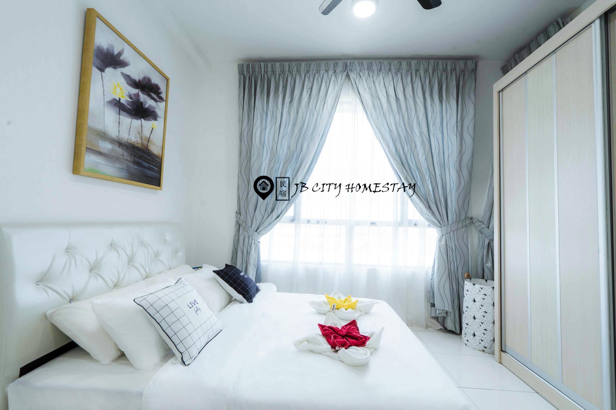 Sky Peak 3 Bedroom  1008 @ JB City Home