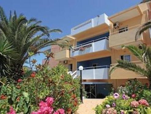 Silver Sun Studios & Apartments