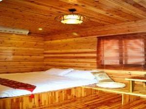 Xiamen Small Times Inn