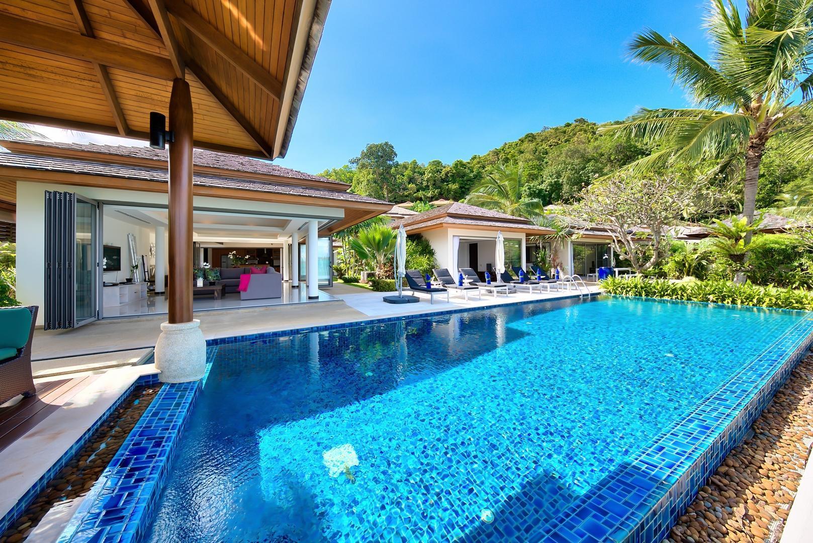 Baan Kularb Dhevatara Residence Villa 2 -4 Bedroom, Beachfront