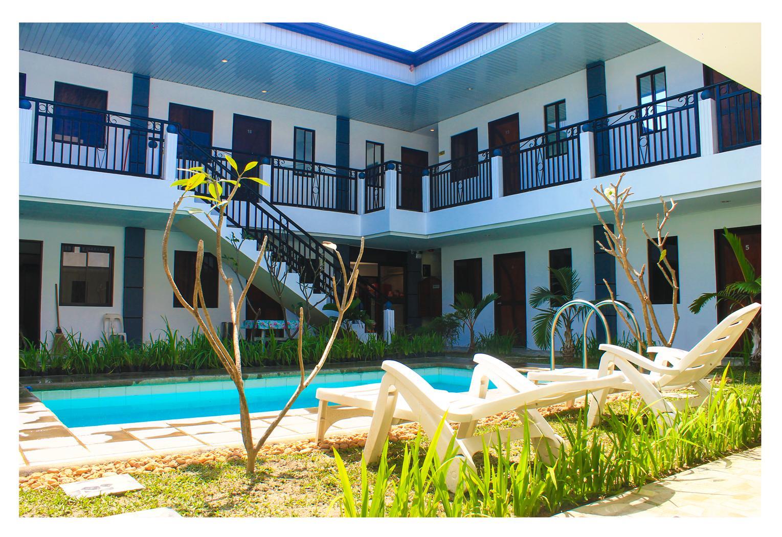 Poleng Suites Hotel
