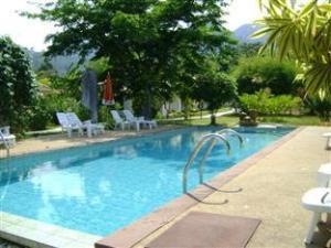 Baan Chuengkao Resort