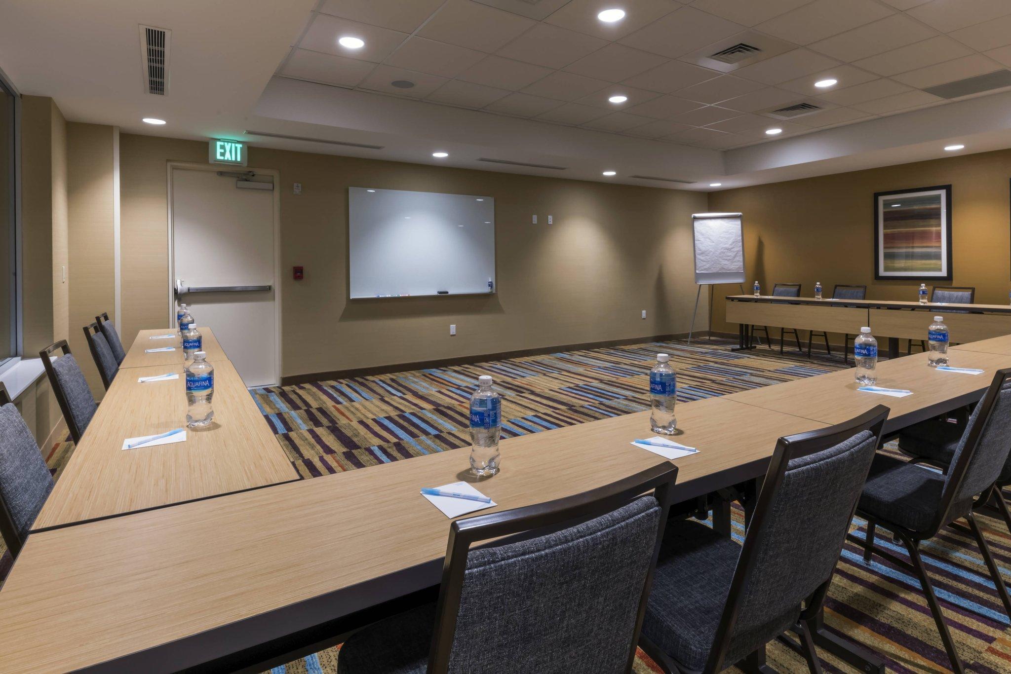Fairfield Inn & Suites Boston Marlborough Apex Center