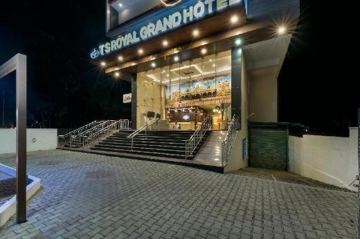 T S Royal Grand Hotel