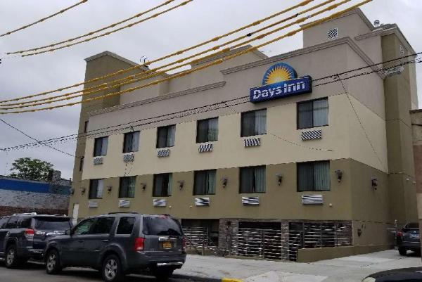 Days Inn by Wyndham Brooklyn Marine Park New York