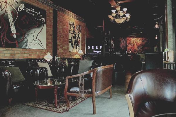 Deep Lounge & Residence (The Reflection) Krabi