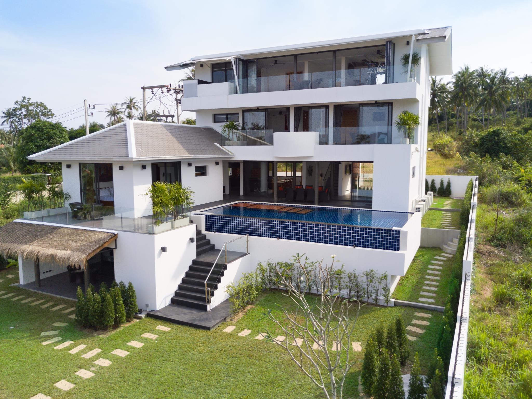 6BR Villa Near Bangrak Beach 6BR Villa Near Bangrak Beach