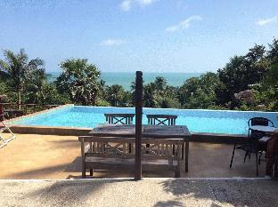 Huge Villa/ accommodates 30 Guests