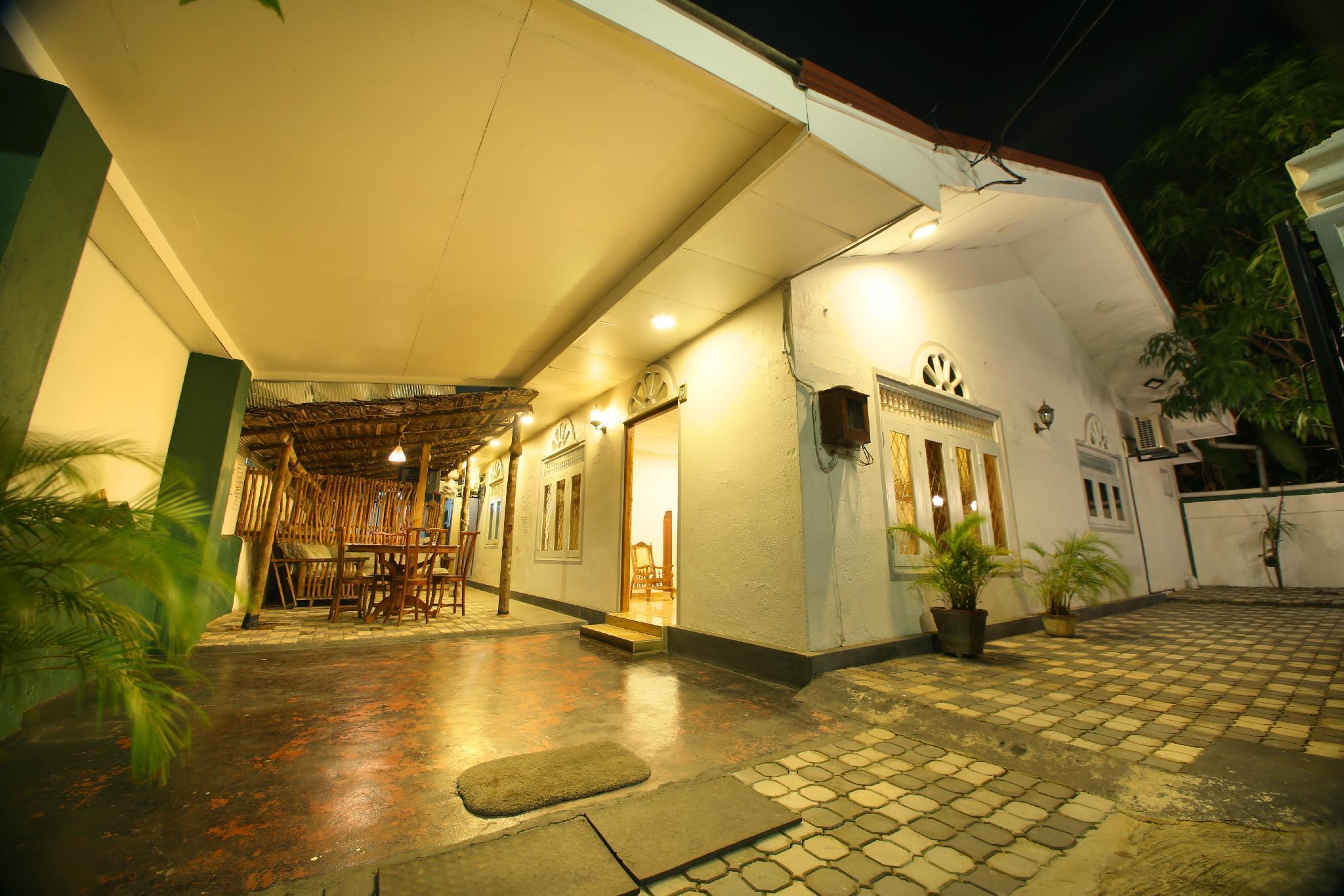Yoho R K Tourist Villa