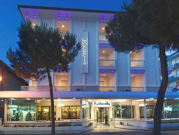 Hotel Antonella And Mael