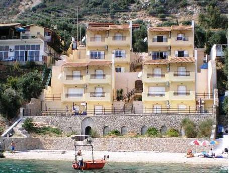 Glyfa Beach Villas