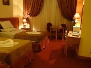 Rowaa Golden Hotel