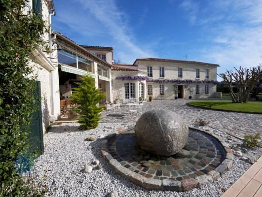 Domaine De Larchey