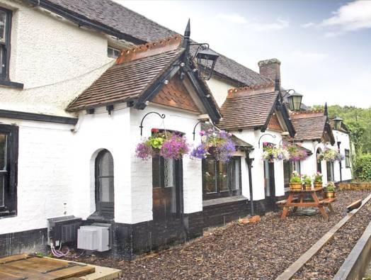 The May Garland Inn