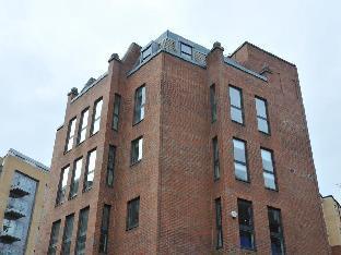 Victoria One Apartment
